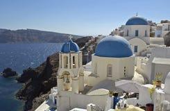 Sol griego del día de fiesta de la isla de Santorini fotografía de archivo