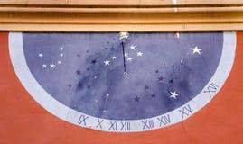 sol- klocka Arkivbild