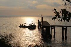 Sol och havet Arkivfoto