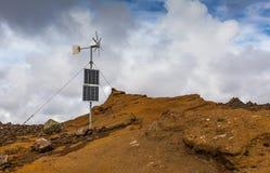 Sol- och vindenergi Royaltyfri Foto