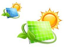 Sol- paneler och batterier Arkivbilder