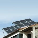 Sol- paneler på taket Royaltyfri Fotografi