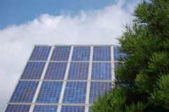 sol- panelström Arkivfoto