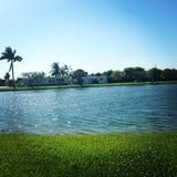 Sol por el lago Fotografía de archivo
