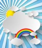 Sol som skiner mellan molnen och regnbågen Fotografering för Bildbyråer