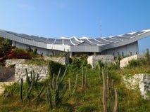 Sol- station, sol- batteri Arkivfoton