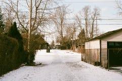 Sol suburbano del invierno imágenes de archivo libres de regalías