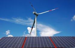 sol- windmill för energi Fotografering för Bildbyråer
