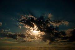 Sol y nubes Foto de archivo
