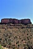 Solankowy Rzeczny jar wśród Białej Halnej Apache Indiańskiej rezerwaci, Arizona, Stany Zjednoczone obraz royalty free