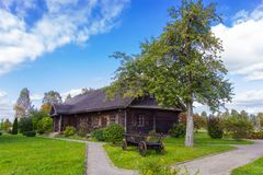Solar Adam Mickiewicz na vila de Zaosye belarus fotografia de stock royalty free