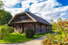 Solar Adam Mickiewicz na vila de Zaosye belarus imagens de stock royalty free