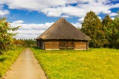 Solar Adam Mickiewicz na vila de Zaosye belarus imagens de stock