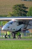 Solar Impulse 2 is een Zwitsers ontwikkeld lange afstand experimenteel zonne aangedreven vliegtuig met de registratie hb-SIB royalty-vrije stock afbeelding