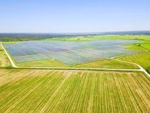 Solarbauernhofantenne in Austin, Texas, USA Lizenzfreie Stockfotos