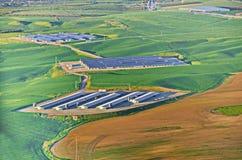 Solarenergiezellen im israelischen Wüste Negev lizenzfreie stockfotos
