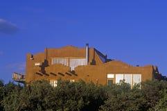 Solarhaus bei Sonnenuntergang in Santa Fe, Nanometer Stockbild