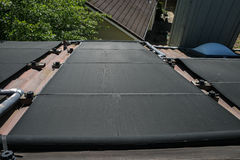 Solarheizflächen sehen unten an Stockbild