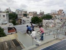 Solarinstallationen stockbild