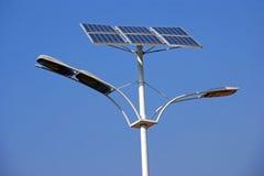 Solarstraßenlaternen stockfotografie