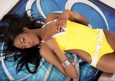 solbada baddräkt för flicka Royaltyfria Foton