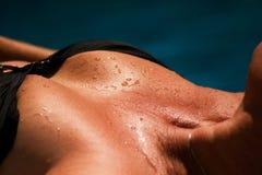 solbränd bröstkorg Royaltyfria Foton