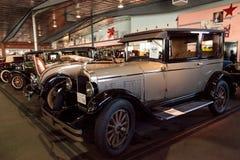 Solbrännan och svärtar Pontiac 1926 Arkivbild