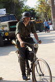 Soldado alemão na bicicleta Fotos de Stock Royalty Free