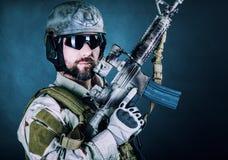 Soldado barbudo de las fuerzas especiales fotografía de archivo libre de regalías
