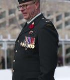 Soldado canadiense en la ceremonia del día de la conmemoración Fotos de archivo