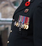 Soldado canadiense en la ceremonia del día de la conmemoración Foto de archivo libre de regalías