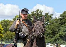 Soldado de caballería confederado de la guerra civil americana fotos de archivo