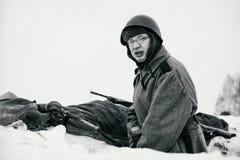 Soldado de exército vermelho em sua posição Pequim, foto preto e branco de China Foto de Stock Royalty Free