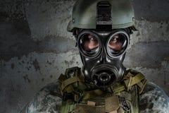 Soldado de la careta antigás Imagen de archivo libre de regalías