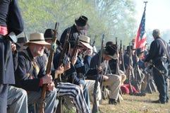 Soldado de la guerra civil listo para la batalla Foto de archivo libre de regalías