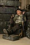 Soldado de sexo femenino del combate Imagenes de archivo