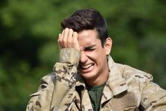 Soldado de sexo masculino deprimido Fotografía de archivo