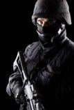 Soldado dos ops das especs. no fundo preto Fotos de Stock