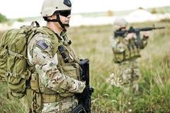 Soldado en patrulla Foto de archivo