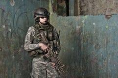 Soldado joven en patrulla Fotografía de archivo libre de regalías