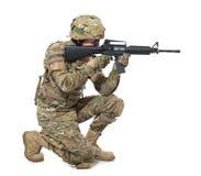 Soldado moderno con el rifle Foto de archivo