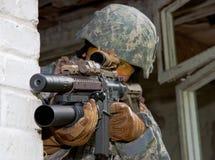 Soldado na ação Foto de Stock Royalty Free