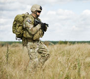 Soldado na patrulha Fotografia de Stock Royalty Free
