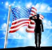 Soldado Saluting de la bandera americana y de la silueta Fotografía de archivo