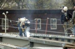 Soldador de acero de la construcción del puente Imagenes de archivo