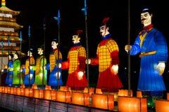 Soldados chineses iluminados fotos de stock