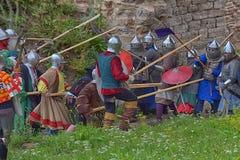 Soldados de infantaria medievais Imagens de Stock