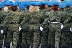 Soldados de la mujer Imágenes de archivo libres de regalías