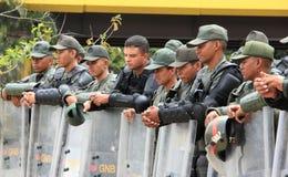 Soldados de las fuerzas armadas de arma del Guardia Nacional de Bolivarian Fotografía de archivo