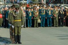 Soldados do protetor de honra no fundo dos veteranos Foto de Stock Royalty Free
